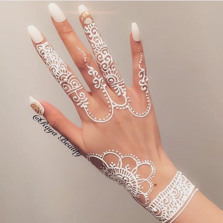 25 Trendy Henna Tattoo Designs To Try For Your Hands: Instagram Photo By Muslimah Apparel Things™ • Apr 10, 2016