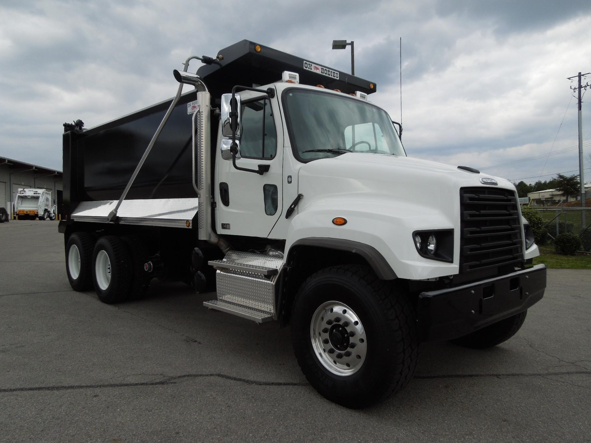 Trucking Trucks, Dump trucks, Heavy construction equipment