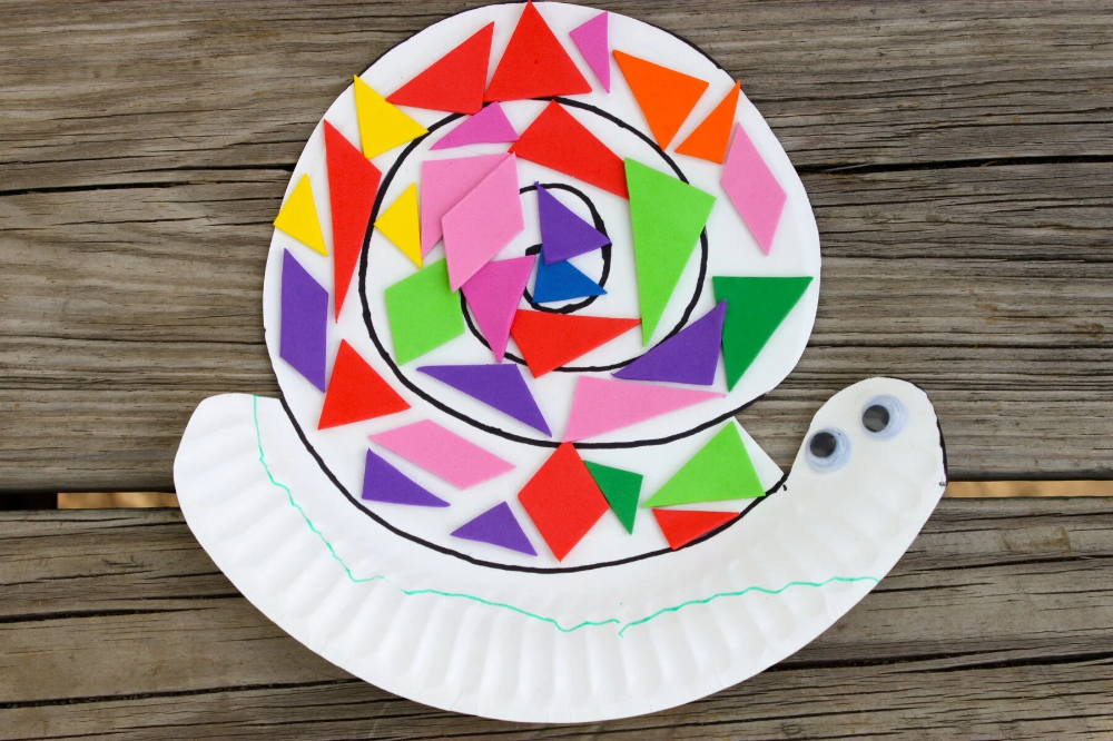 Paper Plate Snail in 2020 Snail craft, Crafts, Paper