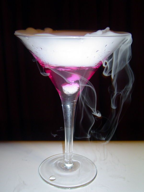 Color changing martini Recipes Pinterest Martinis, Halloween - halloween cocktail ideas