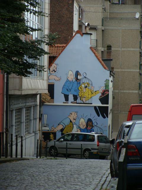 En El Cruce De La Rue Blaes Con La Rue Des Capucins Del Barrio De
