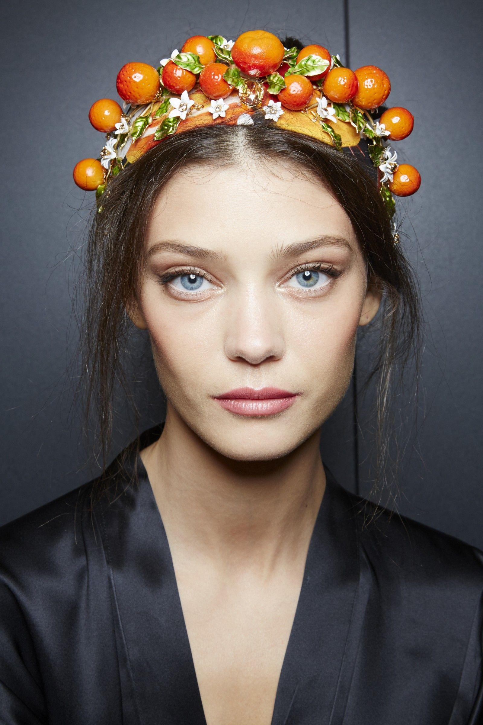 Dolce & Gabbana Spring Summer 2016 Woman Fashion Show | Dolce & Gabbana