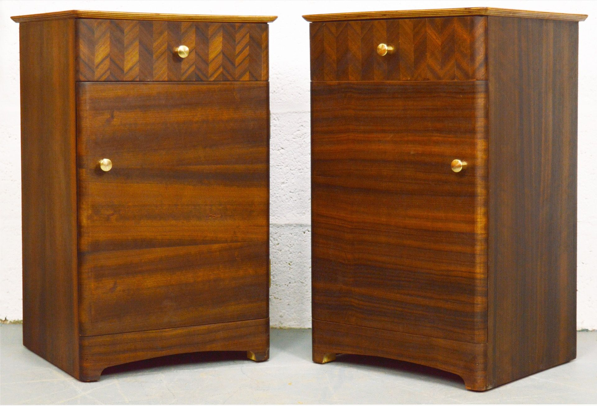 Best Mid Century Walnut Uniflex Bedside Cabinets With Images 400 x 300