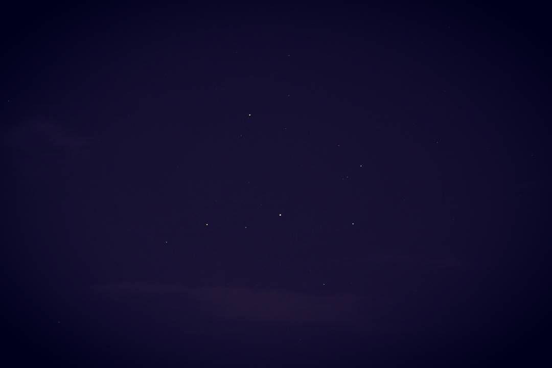 Il triangolo Antares Saturno e Marte in Scorpione... proprio ieri sera.  Mars Saturn and Antares in Scorpio... Yesterday.  #estate #saturn #mars #salerno #ig_salerno #antares #saturno #marte #sky #skyporn #scorpio #scorpione #astronomy #astronomia #cielo #instasky #stars #stelle #pianeti #italy #picoftheday #photooftheday #InstaTags4Likes #instagood