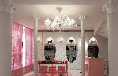 chantal thomas boutique in paris christian ghion 2004 gorgeous boutique boutique nails. Black Bedroom Furniture Sets. Home Design Ideas