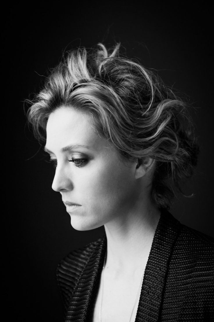 Pussy Is a cute Evelyne Brochu naked photo 2017