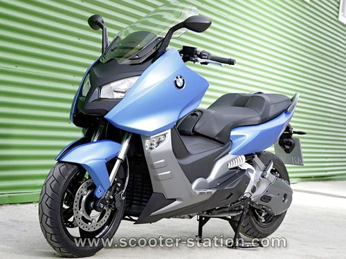 c 39 mon 600cc scoot from bmw what 39 s not to love bikes i love. Black Bedroom Furniture Sets. Home Design Ideas