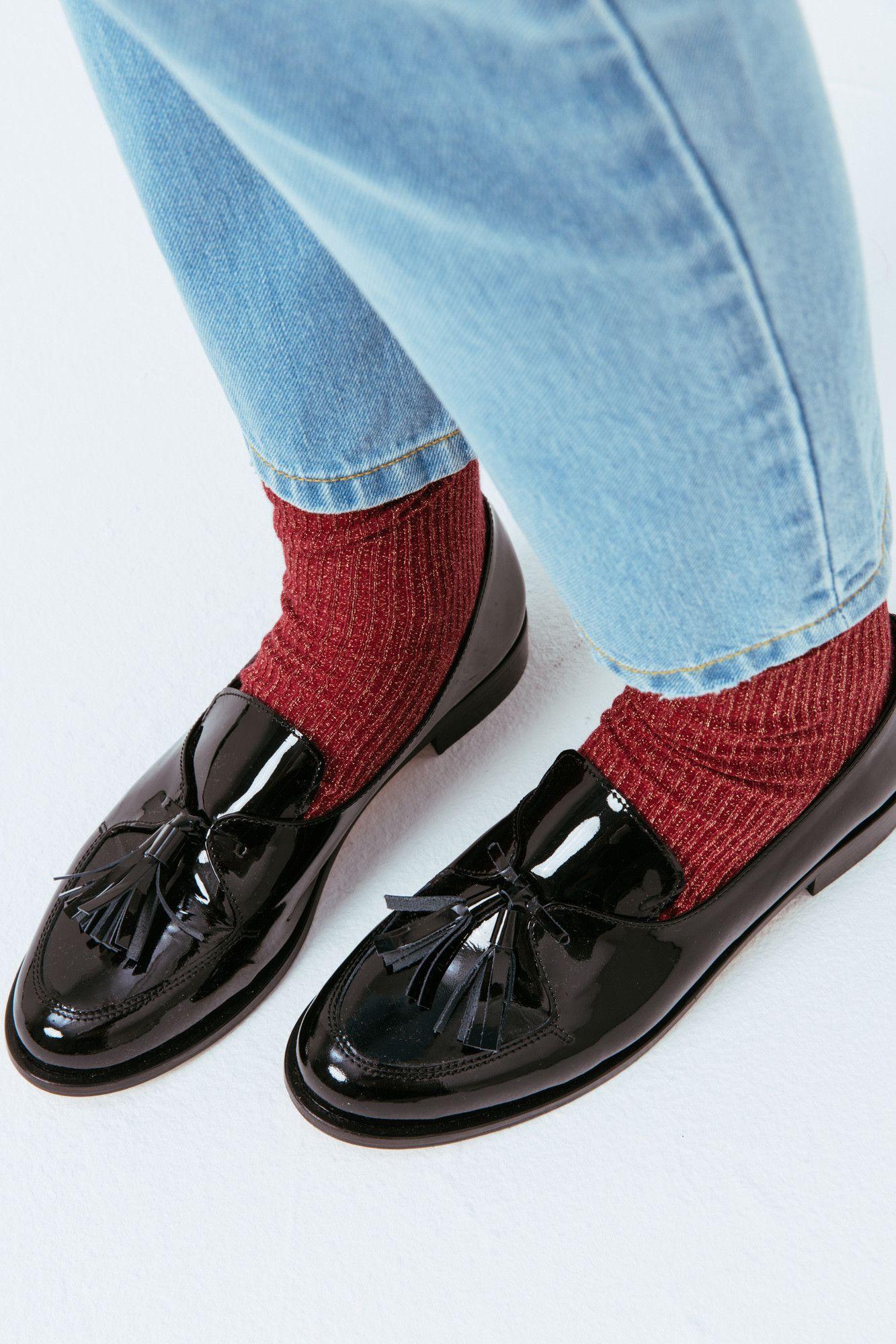 f74c338008 Mocassin femme cuir verni avec pompons Emilien Sapatos De Barco