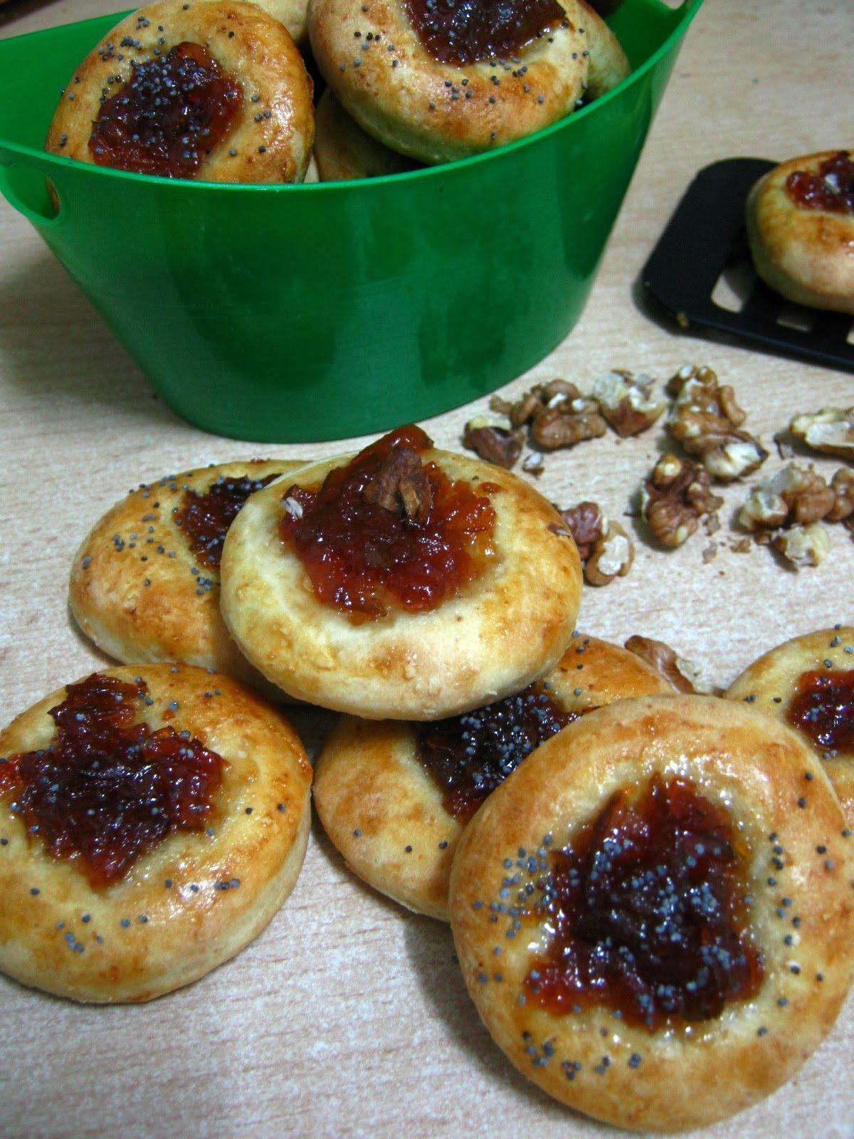 Droopi's everything (but the kitchen sink): Banuti cu gem