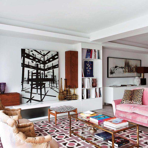 Espacios abiertos, un mobiliario muy pensado y colores serenos fueron las puntadas que hilvanó Make Sense Studio para coser este traje a medida y transformar una obsoleta casa madrileña en un hogar...