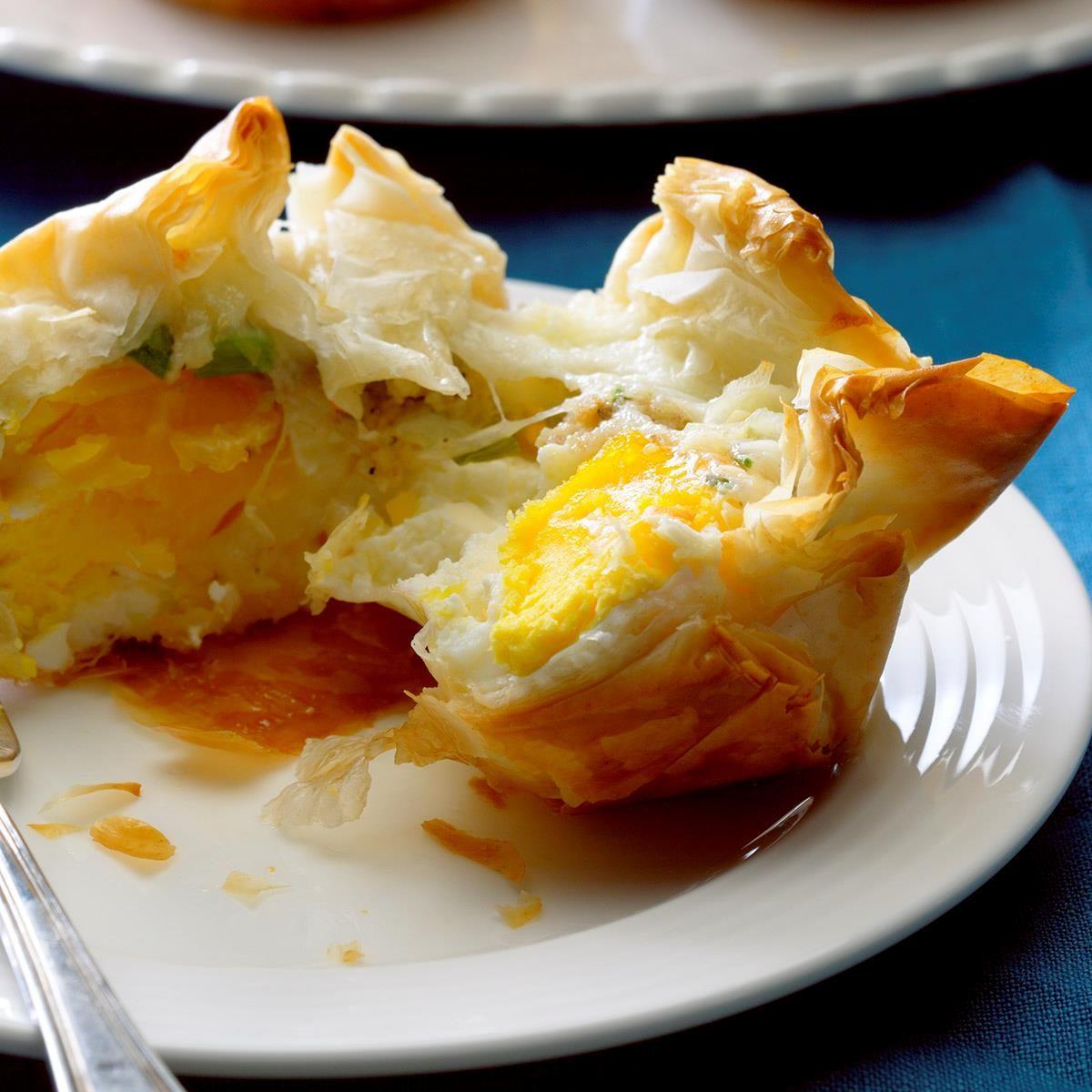 30 Brunch Ideas Including Ham Cheese Crescent Puffs: Ham & Cheese Breakfast Bundles