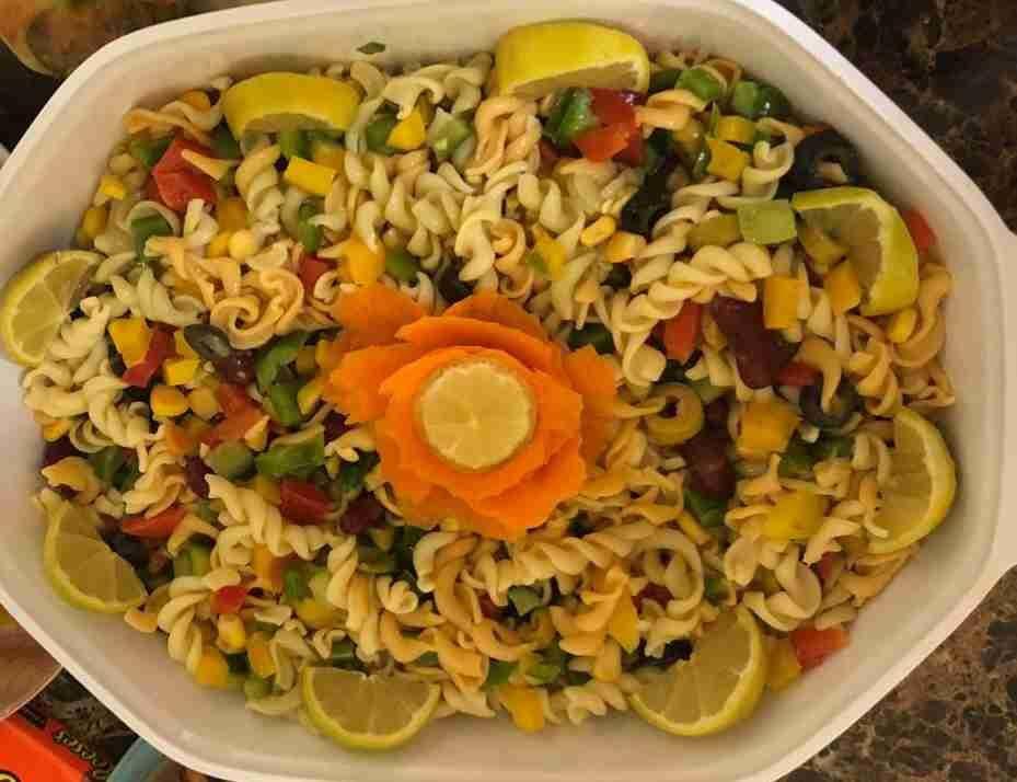 طريقة سلطة المعكرونة بالخضروات زاكي Salad Food Side Plates