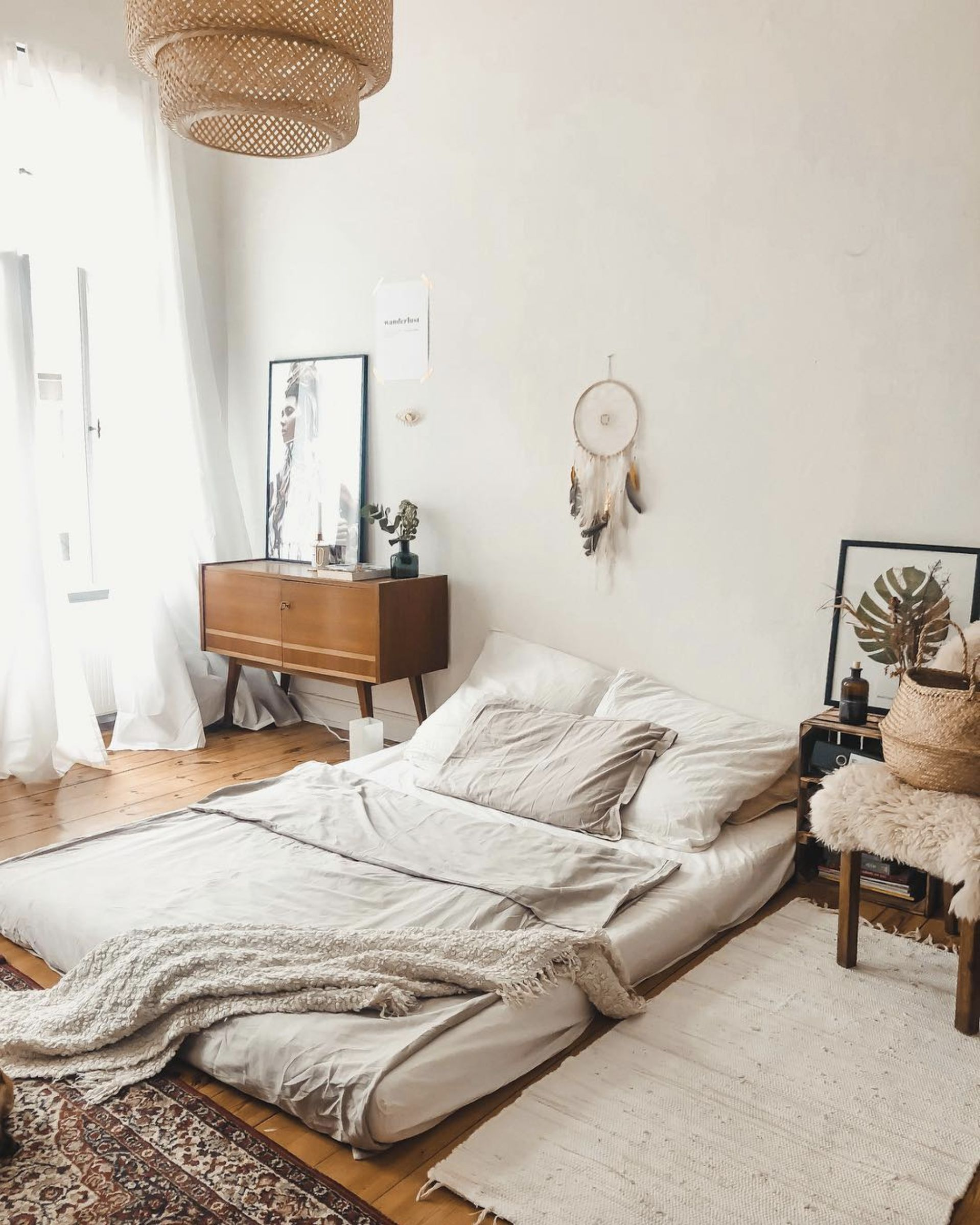 Relaxing Bed On Floor Home Decor Bedroom Diy Apartment Decor