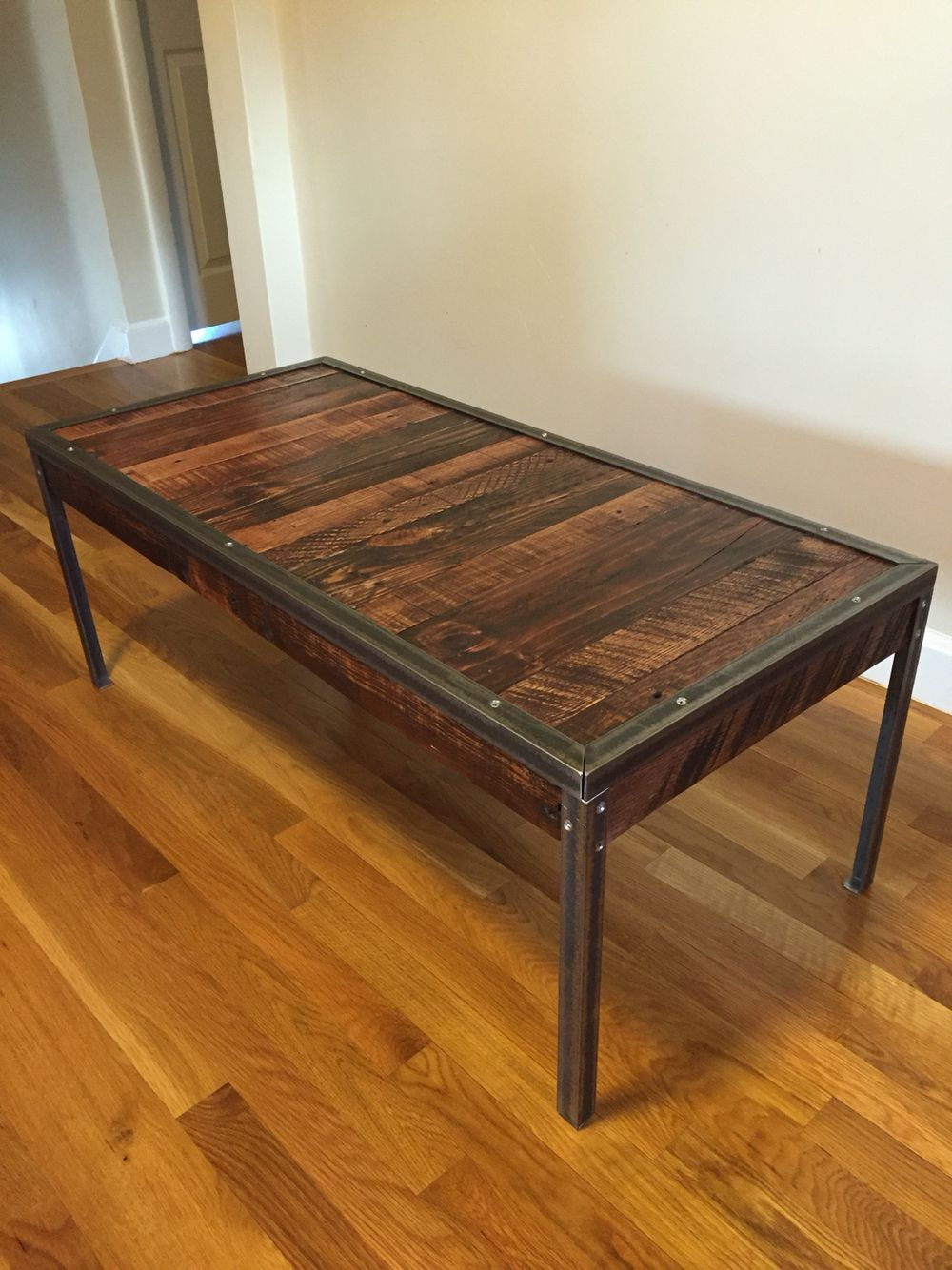 Mixed Pallet Wood With Angle Iron Coffee Table. Total Cost $15.00 For The  Iron!