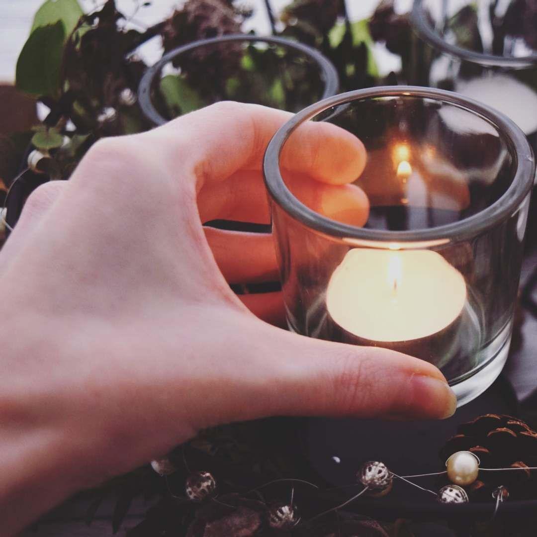 Ich wünsche euch allen einen schönen 1. Advent  #dailydreamery #advent #weihnachten2016 #weihnachtszeit #adventszeit #adventskranz #kerzen #kerzenlicht #diyblog #diyblogger #diylove #calledtobecreative #abeautifulmess #creativeminds #besinnlich