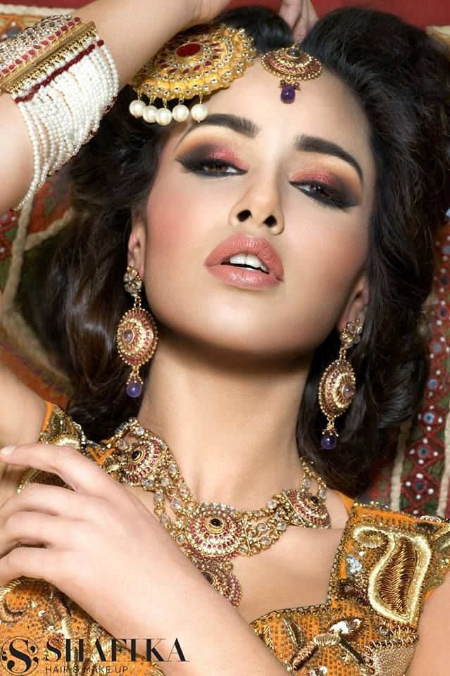 Pin by jeanrose on Wedding photography of Barat brides