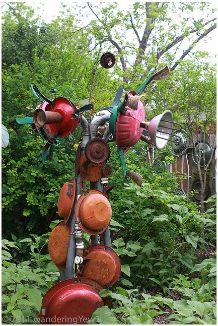 Captivating Garden Art From Junk | Garden Junk Art | Junk Garden