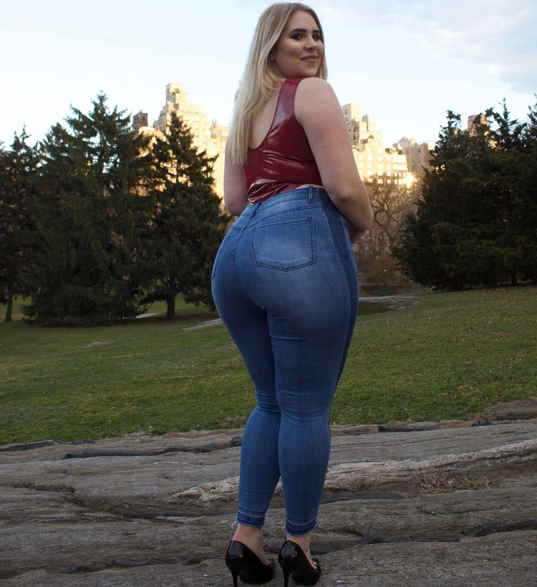 Фото красивых попок толстушек — 15