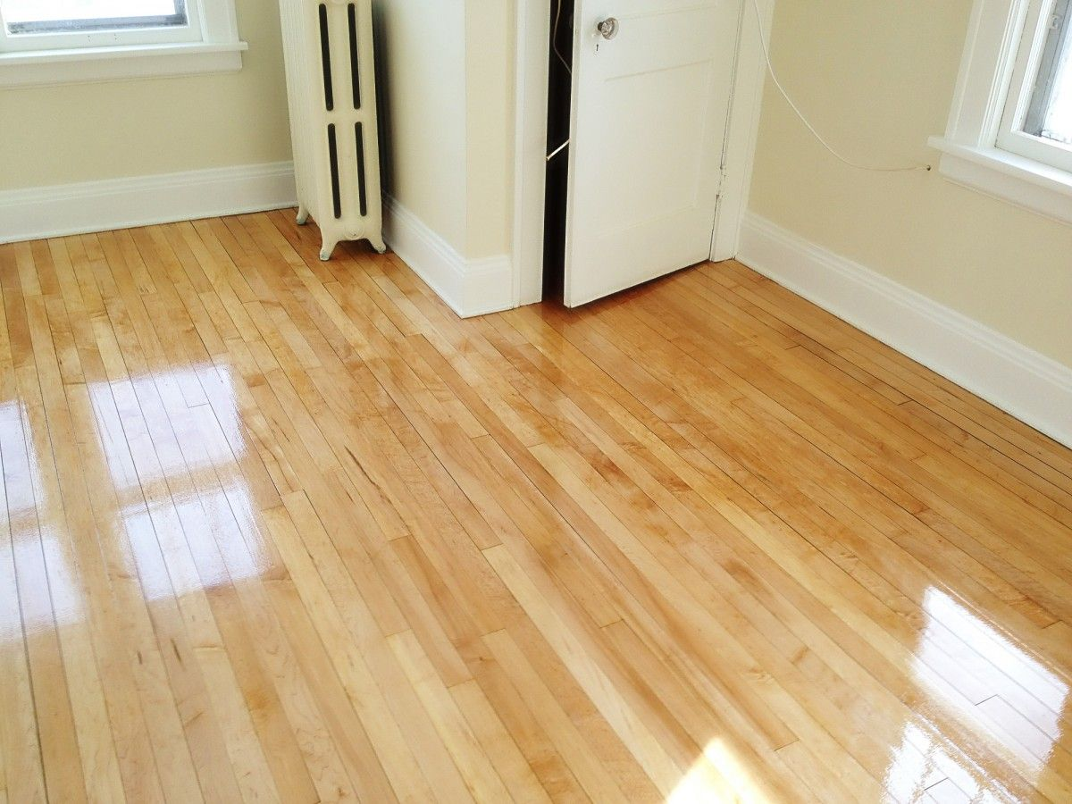 Cheap Engineered Wood Flooring Uk Enchanting Natural Color Of Wood Flooring Uk For Limited Living Room Area Which Has Glass Display Cabinet Basement Wood