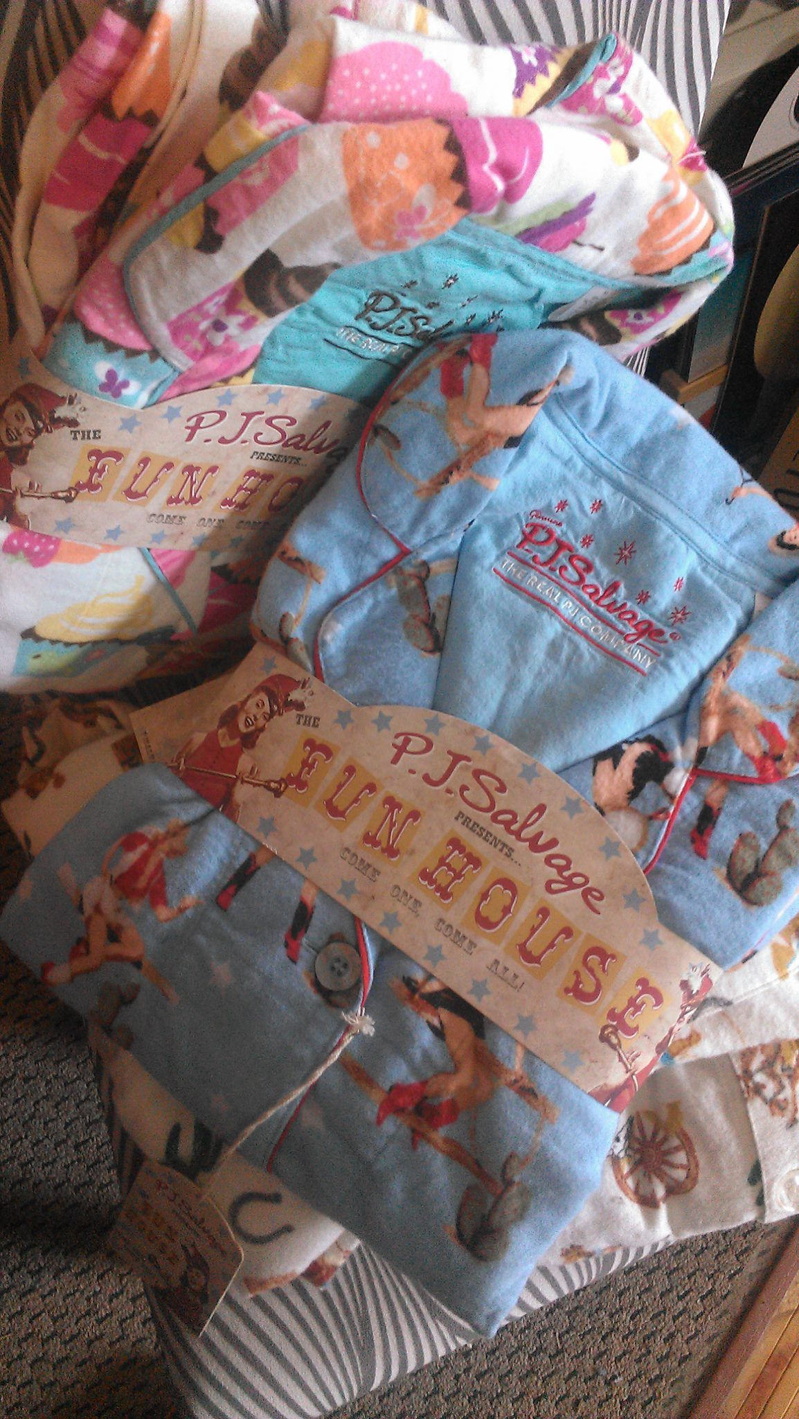 PJ Salvage Flannel Pajama Sets ~ You won't want to wear anything else TRUTH!!!!!! It's all I wear❤️