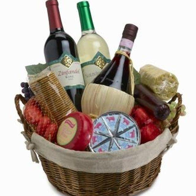 Homemade Christmas Gift Basket Ideas | Homemade christmas gifts ...