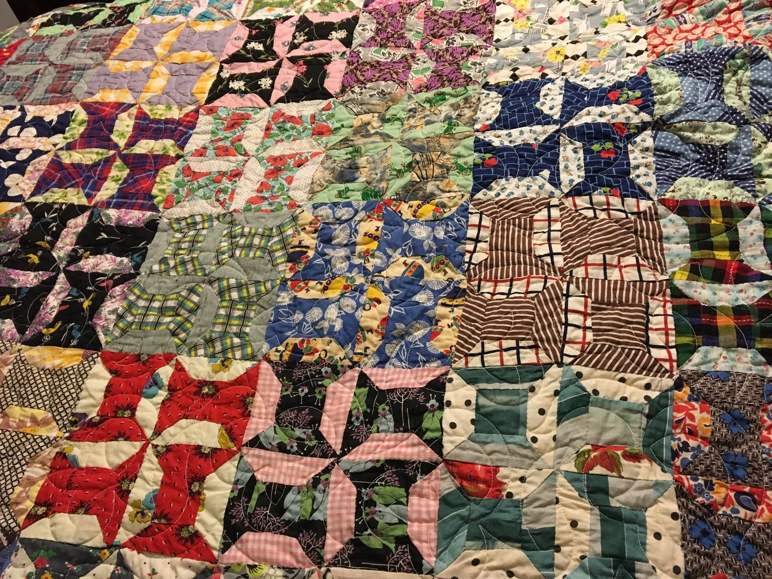 Mom made me a quilt...3inst3in - http://asianpin.com/mom-made-me-a-quilt-3inst3in/