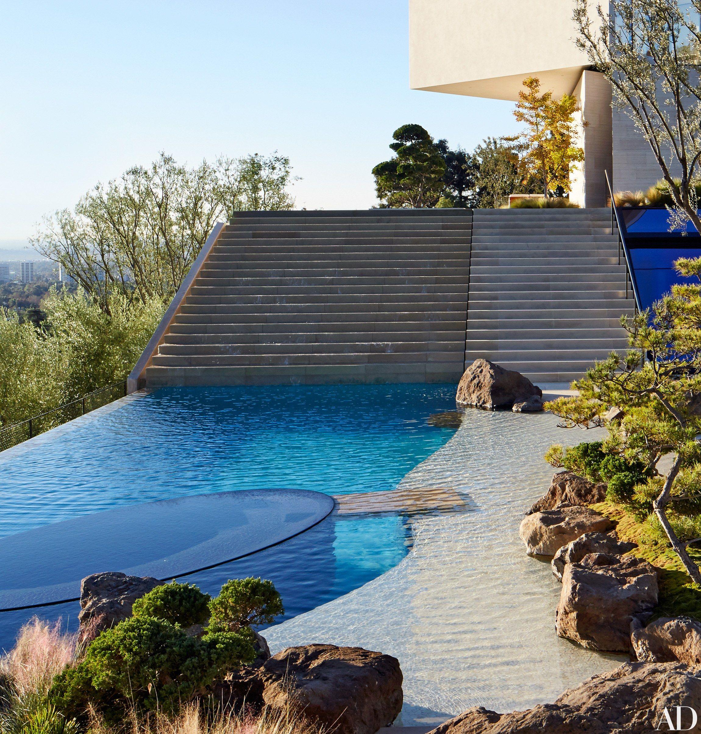15 Beautifully Designed Swimming Pools Swimming Pool Designs Swimming Pools Cool Pools