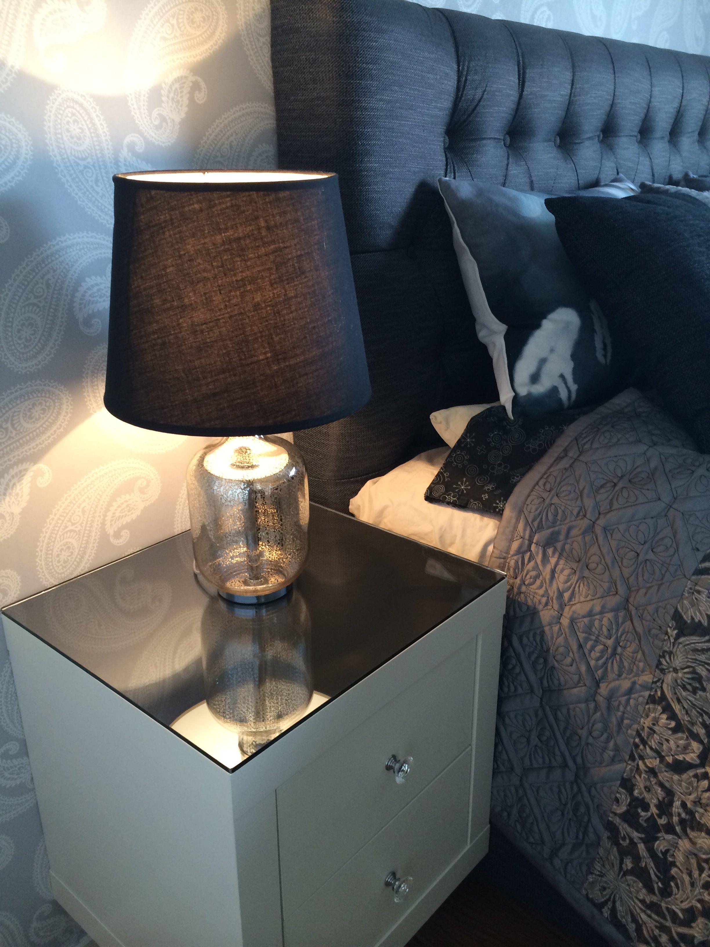 Ikea pimp expedit deko nachttisch kallax und wohnideen for Innendekoration ikea