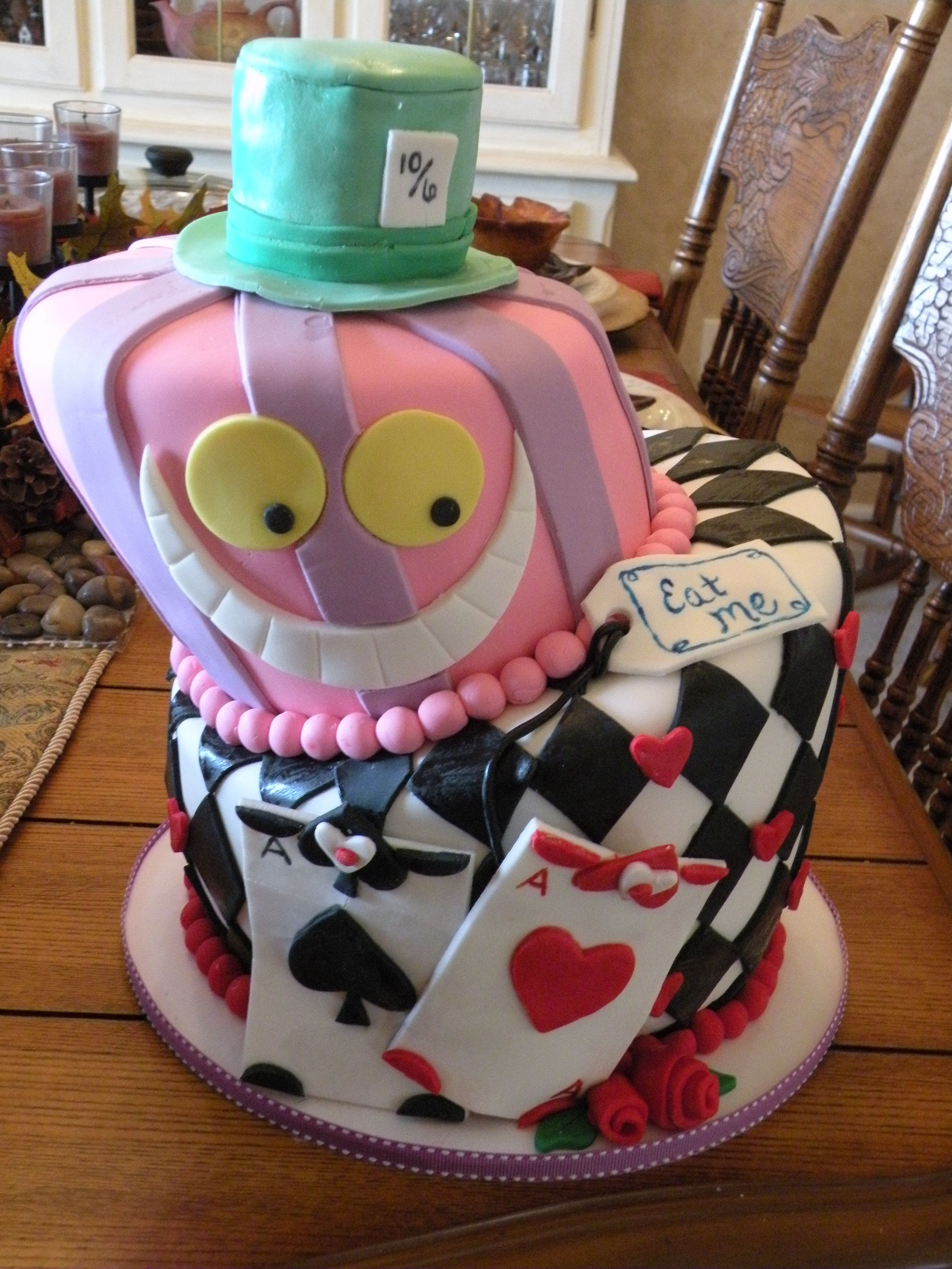 Alice In Wonderland Cake Like The Concepts For Each Layer But Seriously Hate Crooked Cakes