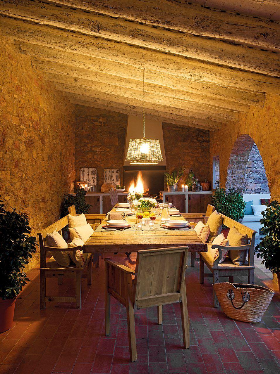 La casa del porche casas a la mesa for Mesa porche