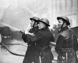 Image result for WW2 BRITISH FIREFIGHTERS