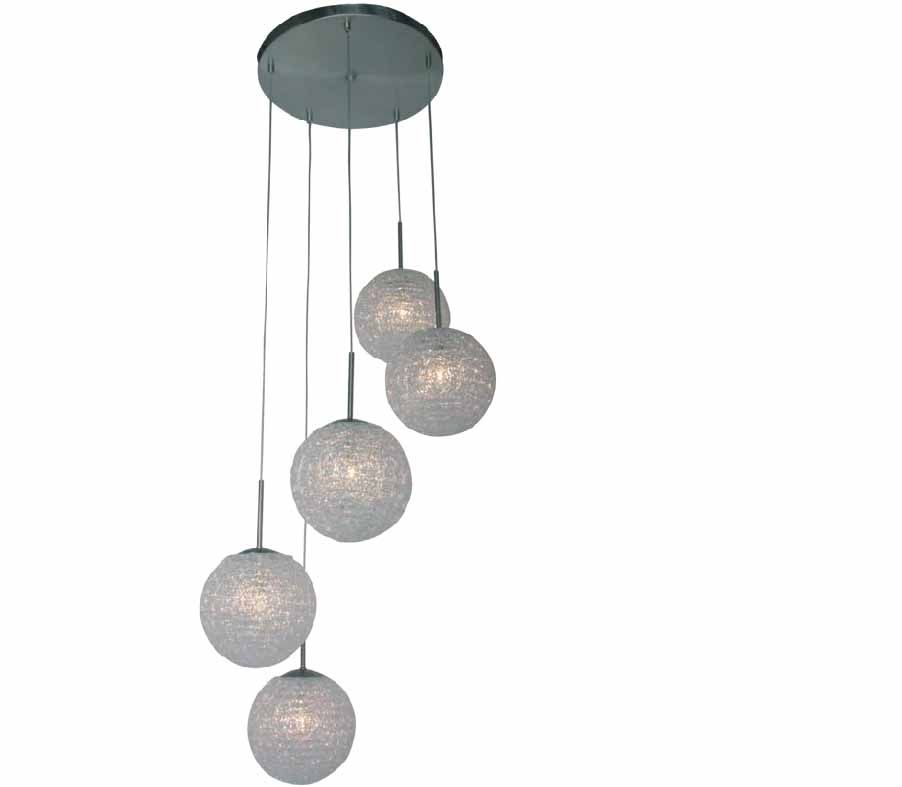 hangende lamp met bollen lampen pinterest