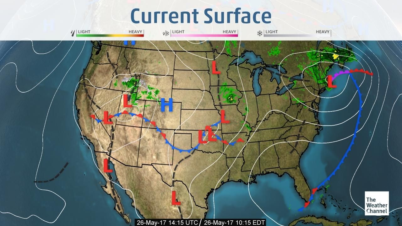 View weather maps showing the latest US
