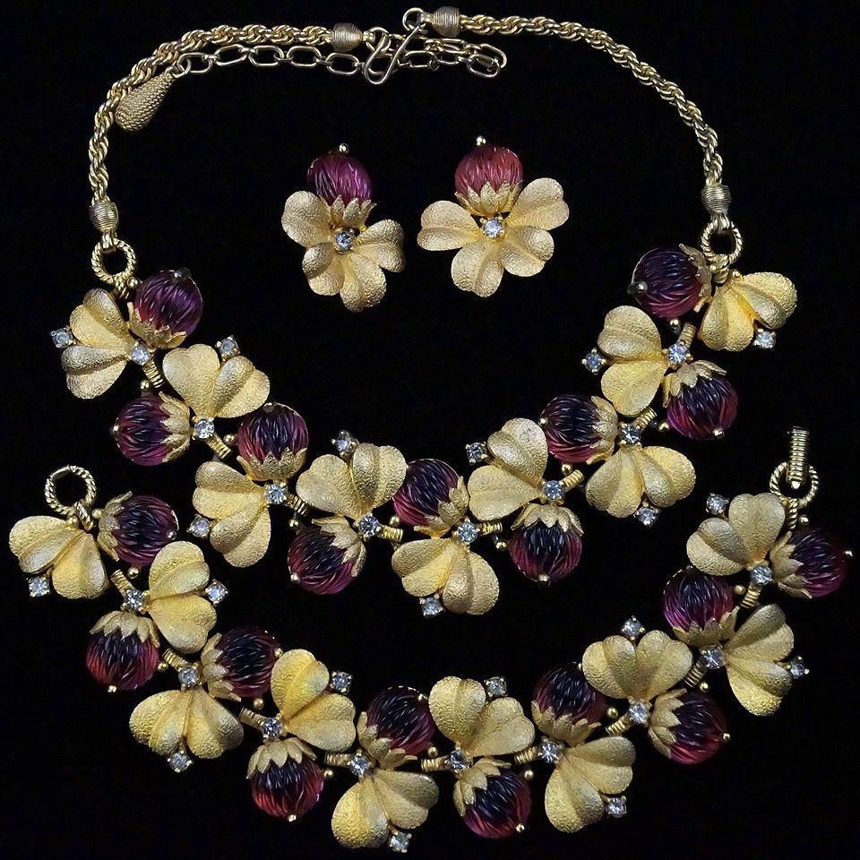 Pennino gold leaves pink fruit salads floral necklace bracelet clip