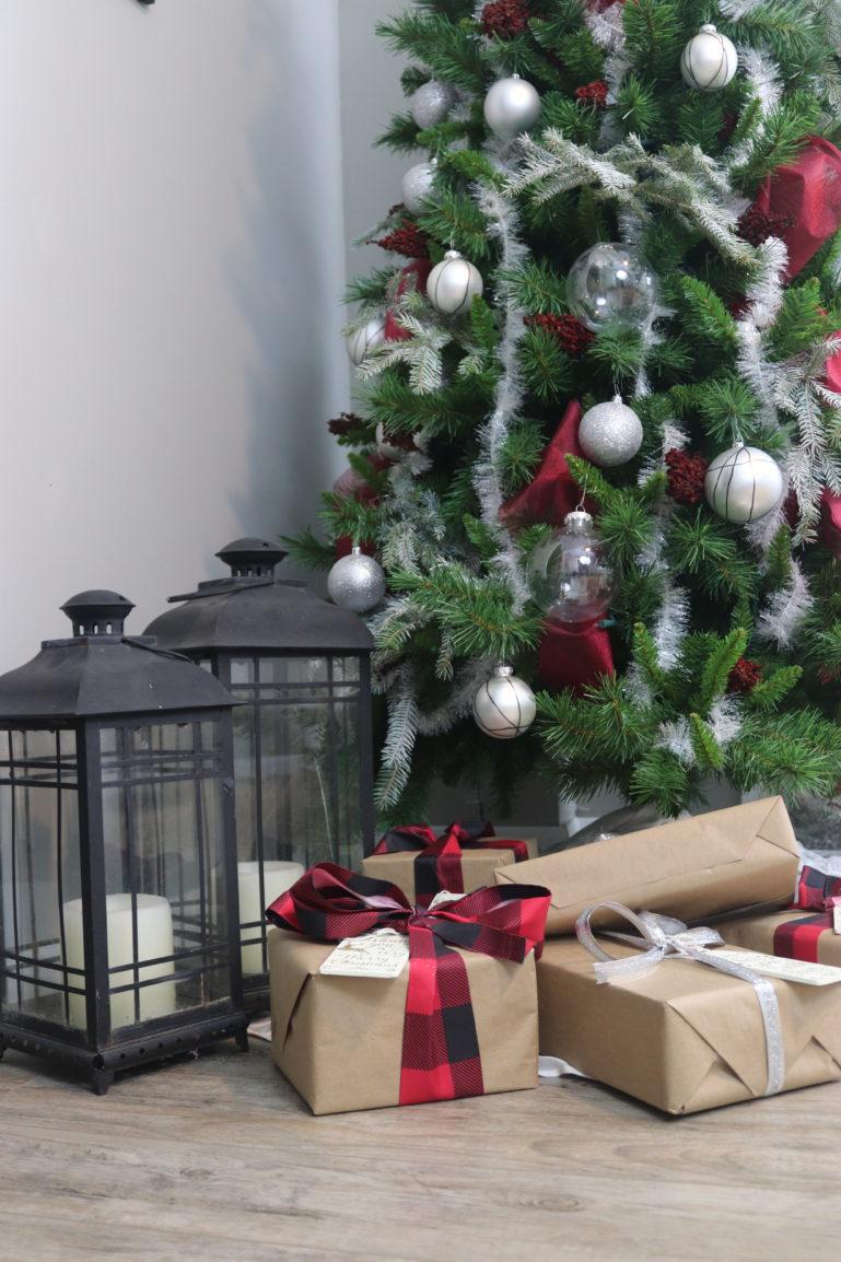 DIY Flocked Christmas Tree Christmas tree decorating tips