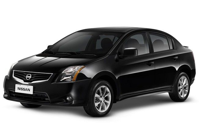 My Second Car Ive Ever Owned My Black 2011 Nissan Sentra Amazing
