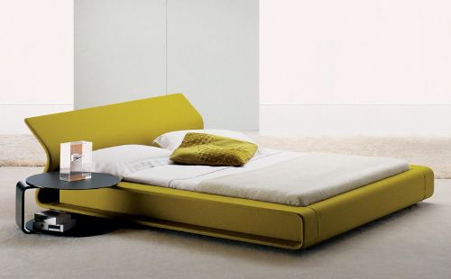 Not Sure I Want A Lime Bed But I Like The Look Of The Bed.