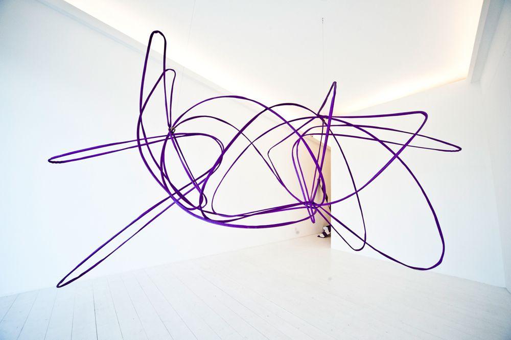 """ROLU, rosenlof/lucas, ro/lu (studio blog) - News > La galleria come white cube? Si può ancora fare, a patto però di contaminarla con le opere adatte. Che possono ad esempio mimare la proliferazione vegetale. Succede alla Galleria Upp di Venezia, fino a domenica. È la """"Tree3 Strategy""""--- How do you..."""