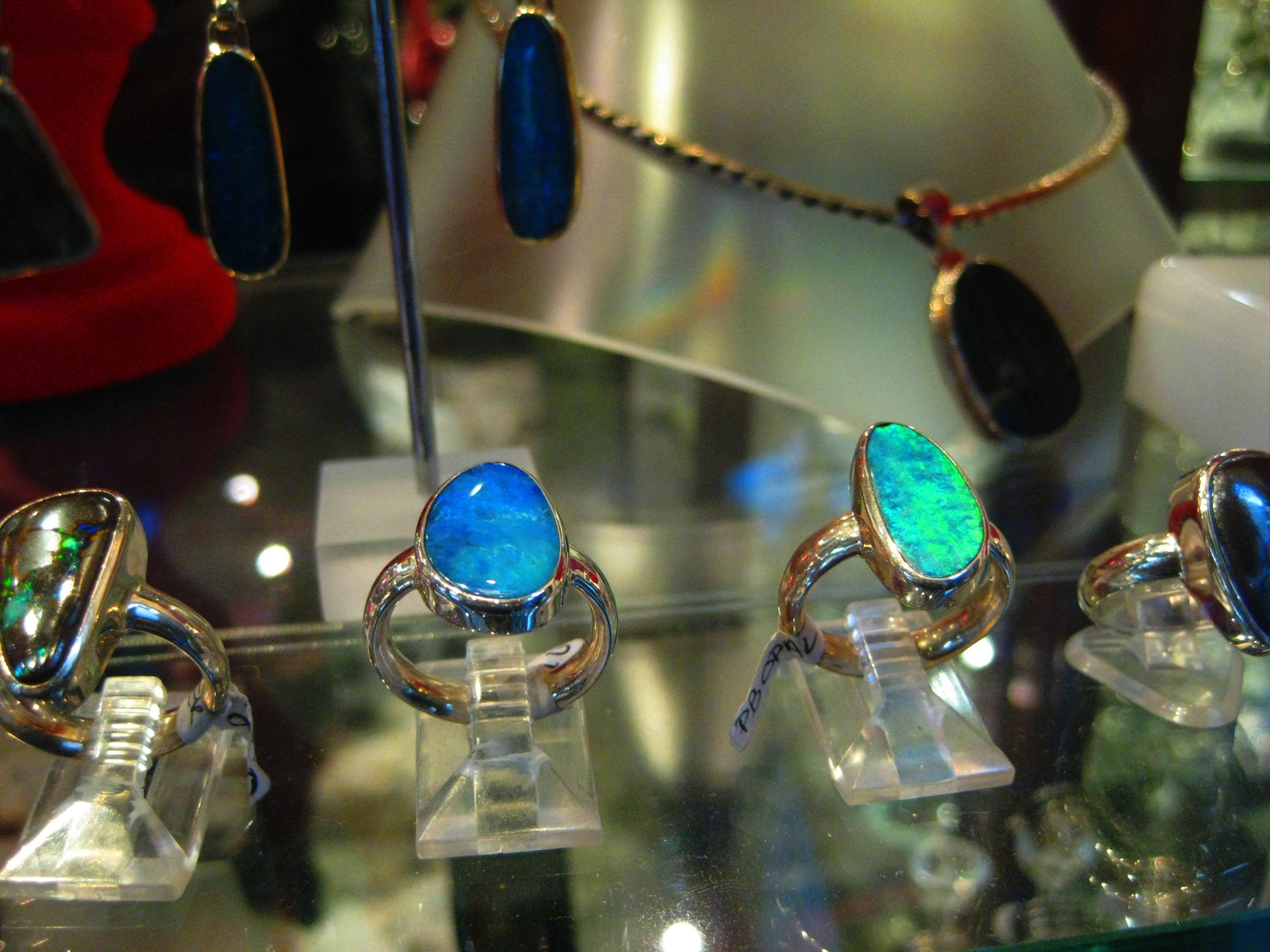 5 facts about Opal the birthstone for October 14th