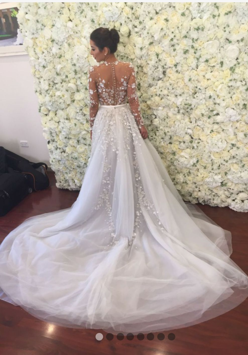 Custom Designed Paolo Sebastian Wedding Gown Comes With Long Veil Detachable Full Skirt And Under Garment Please Note The Undergarment Was Not Worn On