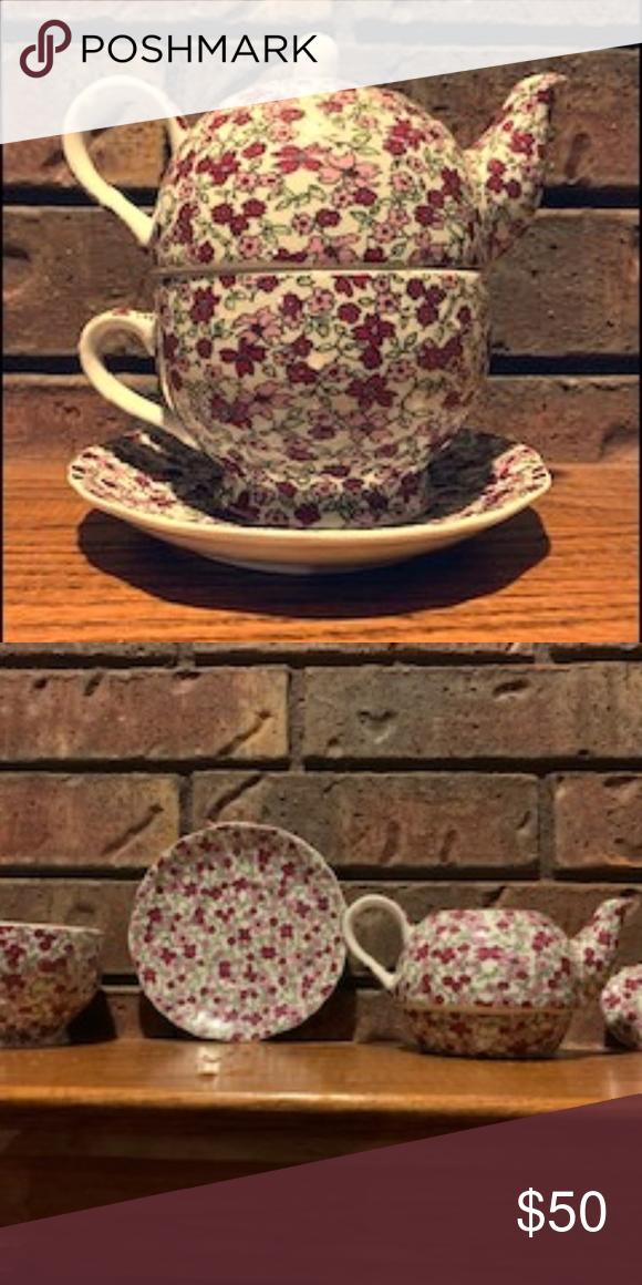 Take-Apart Tea Pot, Mug and Plate Set Lovely Take-Apart Flowery Tea Pot, Mug and Plate Set.  One of my favorite Items I have listed. Kitchen Coffee & Tea Accessories #teapotset