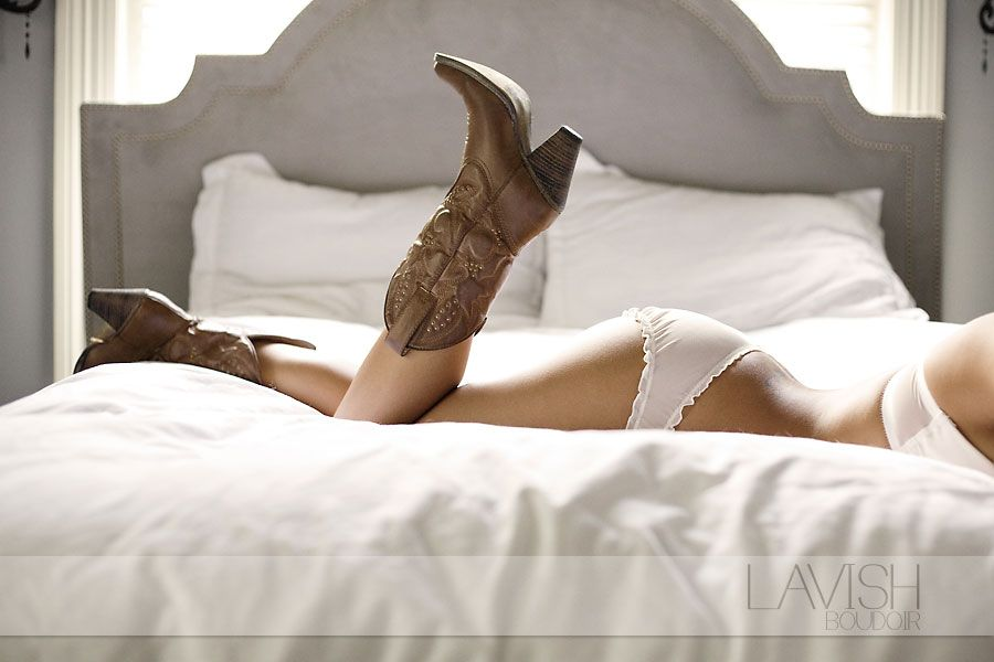 Boudoir shots to give the groom the night before the wedding while the two of you are apart. ;) omg so doing this in my boots!!!