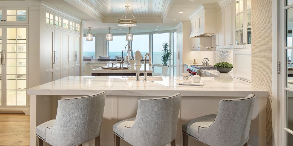 Best These Kitchen Peninsulas Are Gorgeous And Functional 400 x 300