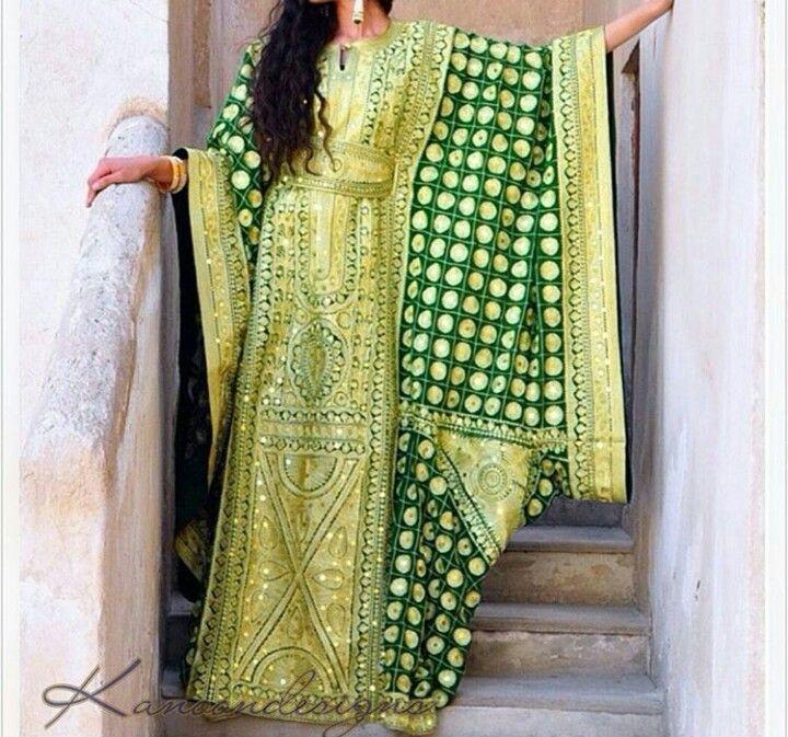الزي الخليجي Traditional Outfits Arab Fashion Traditional Dresses