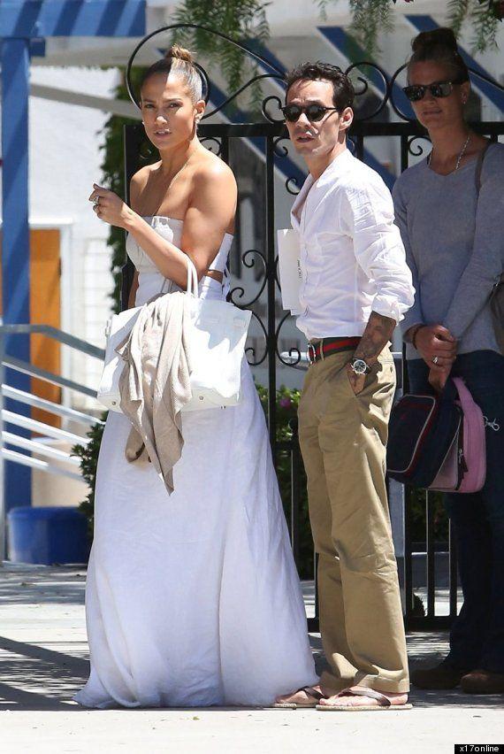 O Jennifer Lopez Wedding Dress 570 Jpg 852 Celebs Weddings Past Present Pinterest