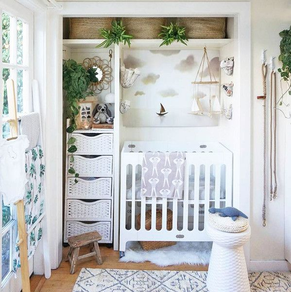 An Entire Nursery In A Closet   Tips For Stylish Small Space Nurseries    Photos