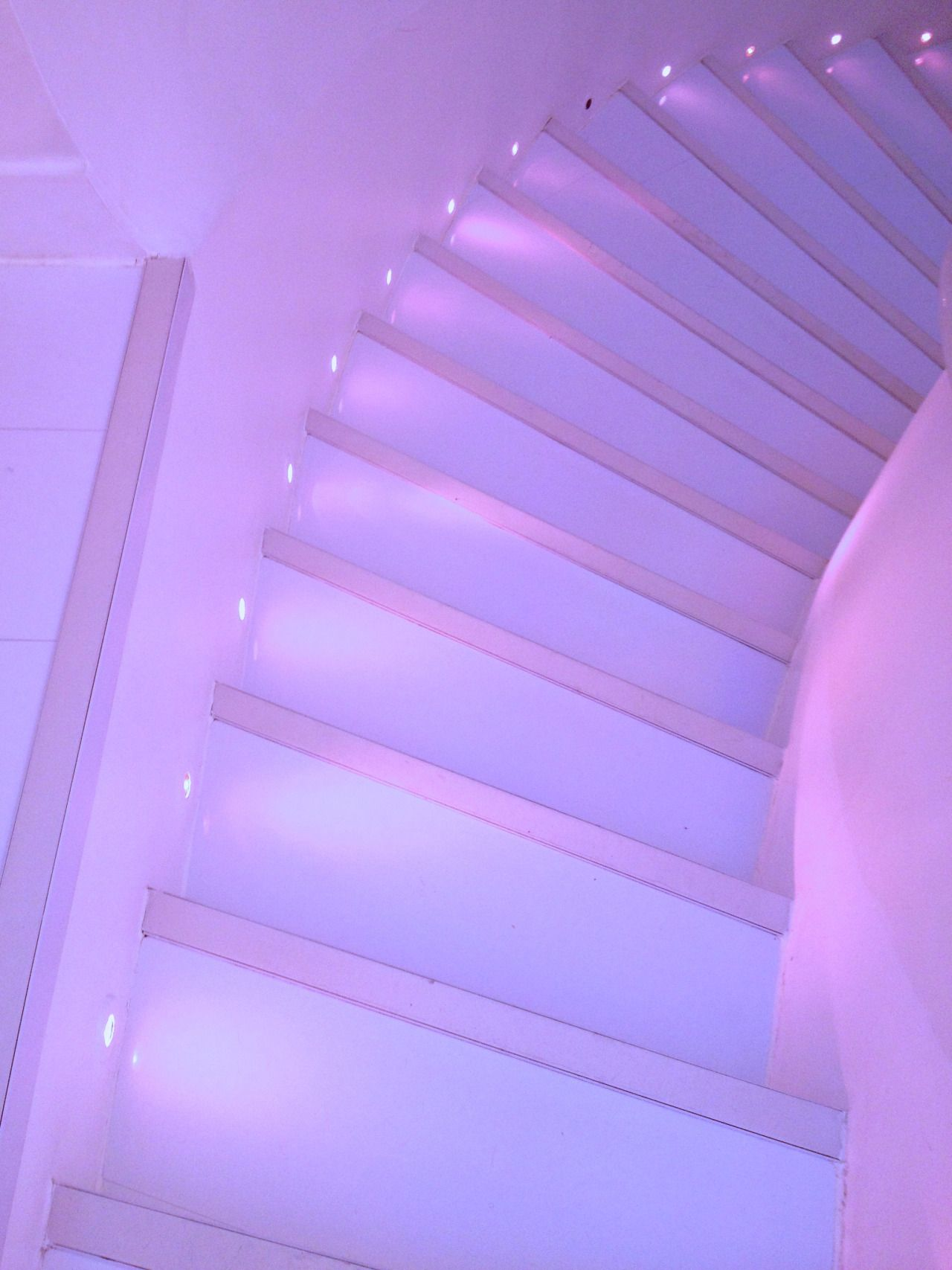 Image result for pastel purple aesthetic Cores roxas