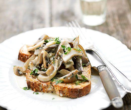Croûtes aux champignons | Recette en 2020 | Croute au champignon, Recettes de cuisine et ...