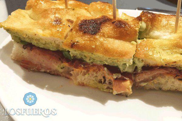 Hablar de sandwich en Bilbao es hablar del EFE. Un delicioso bocado diferente a todo lo que has probado hasta ahora.