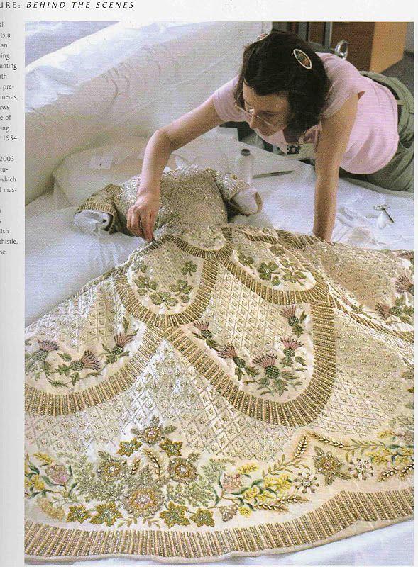 coronation gown of Queen Elizabeth II (1953) (source: http://plays ...
